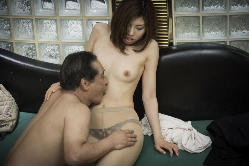 【乳首チラ】ベビマ{vol.91}2人!ギャルママさんのおっぱい乳首